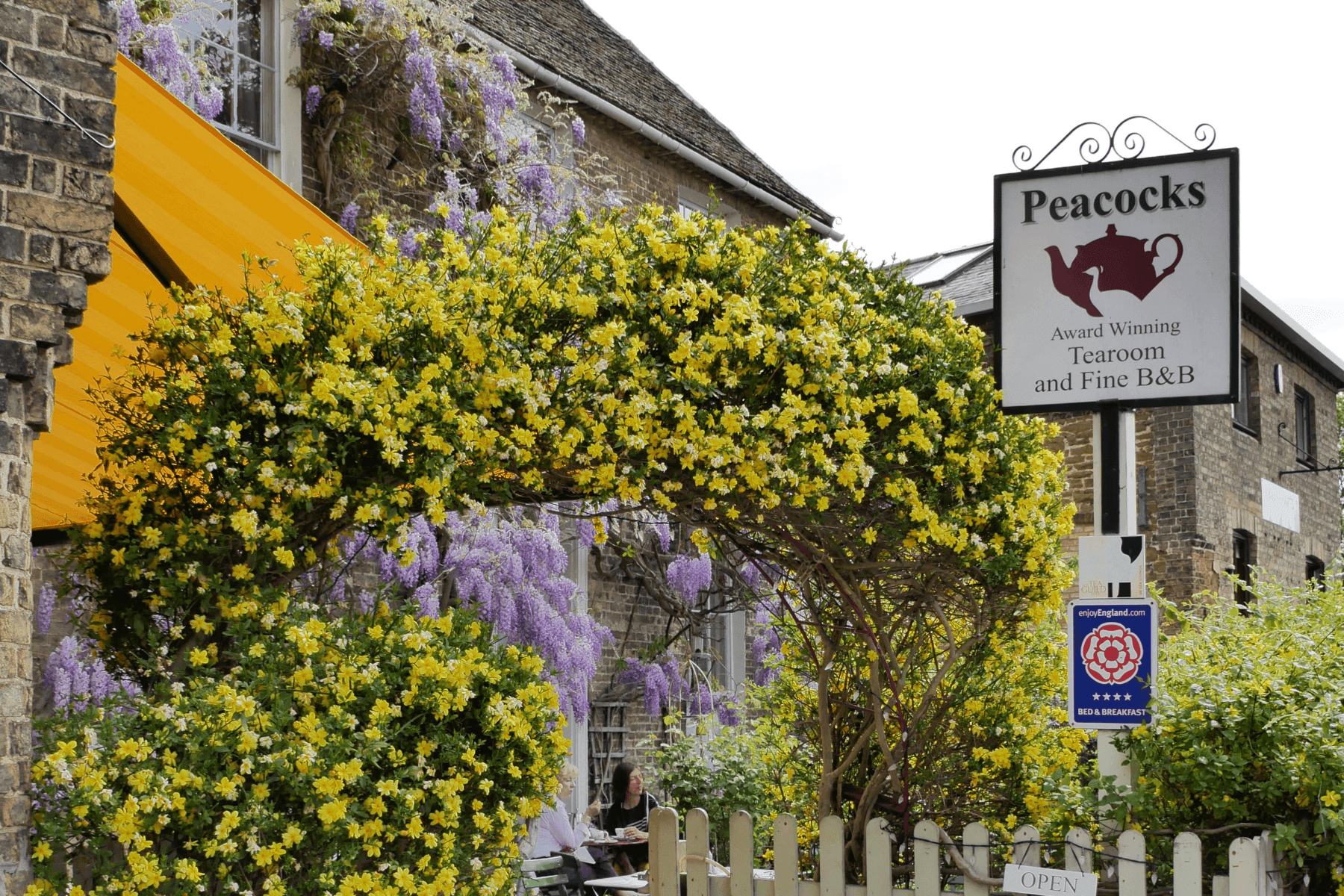 Peacocks Tearoom and B&B