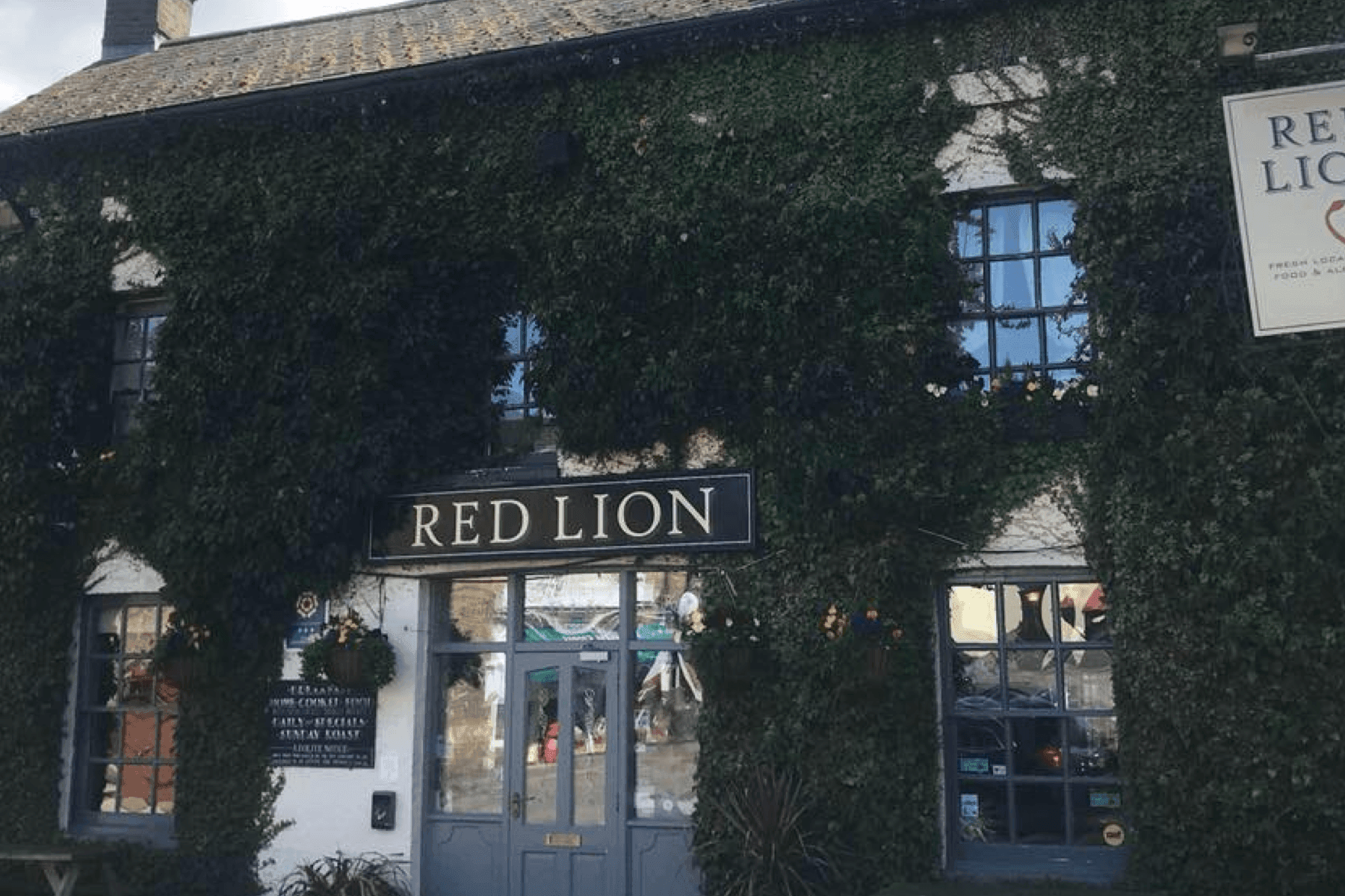 The Red Lion, Stretham